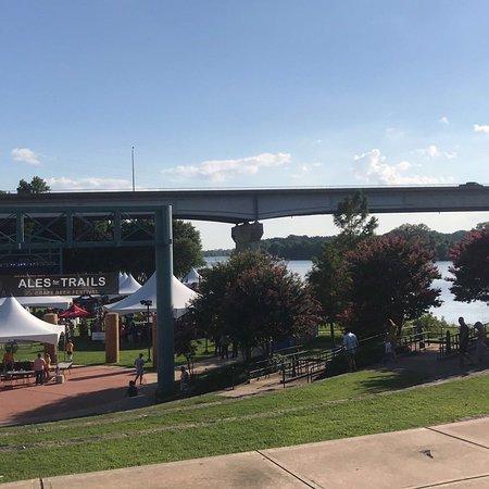 Riverfront Park Events Building: photo0.jpg