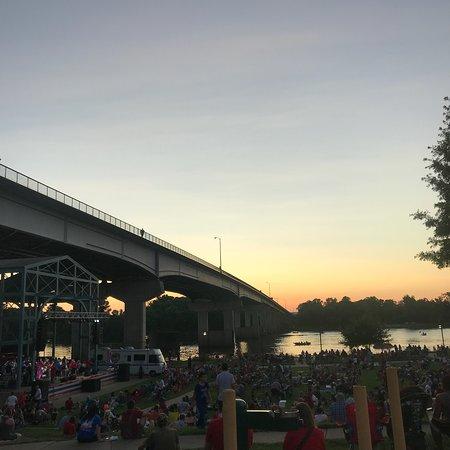 Riverfront Park Events Building: photo3.jpg