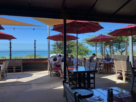Moonstone Beach Bar & Grill: Window seat view