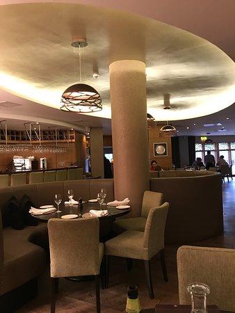 Campagne: Interior of restaurant