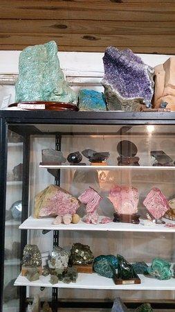 Reservorio De Piedras Semipreciosas