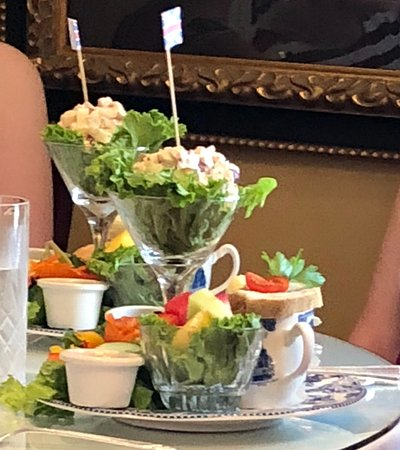 Annabelle's Tea Room and Restaurant: British Order at another table