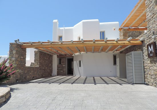 M Mykonos Villas: M Two entrance