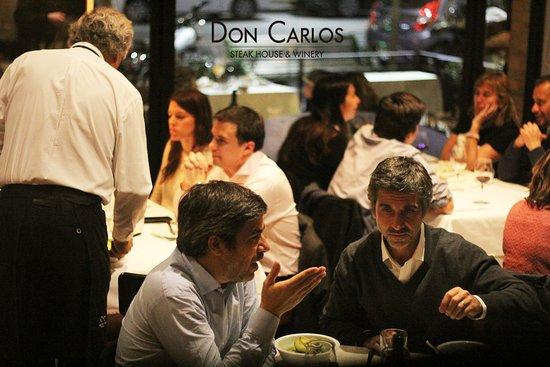 Don Carlos Carne - Vino照片