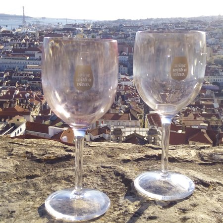 Wine With a View照片