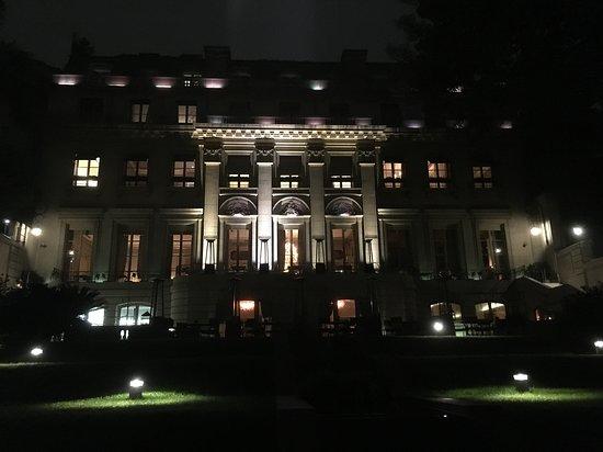 Duhau Restaurante & Vinoteca: the palace