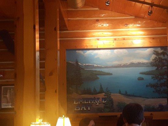 Tahoe Joe's Famous Steakhouse: signage