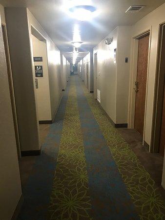 Hewitt, Техас: 2nd floor hallway