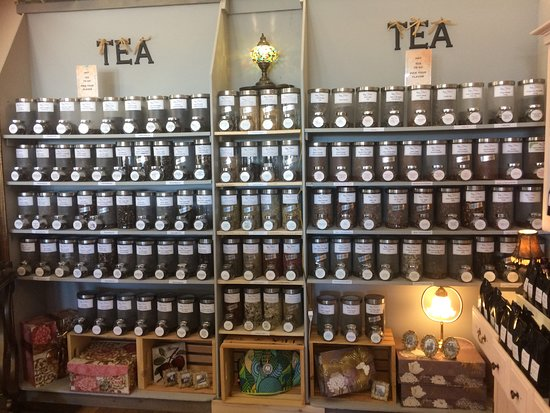Nanton, Kanada: wall of tea