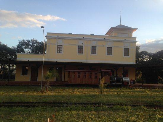 Constantino Leman History Museum: A estação
