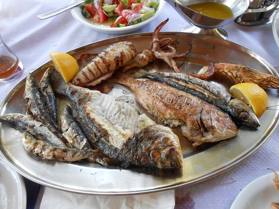Skala Sikamineas, Grécia: Mixed fish grill