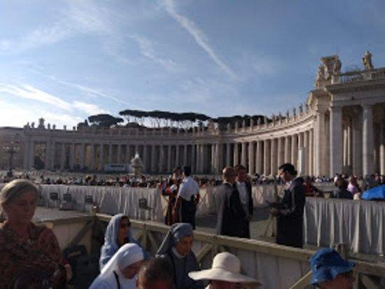 St. Peter's Square: Piazza San Pietro C