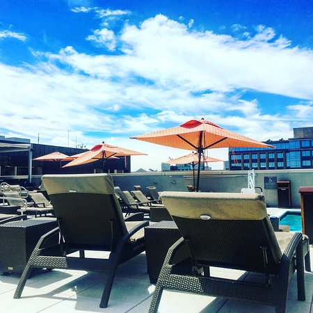Holiday Inn Washington - Capitol: Rooftop Pool