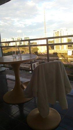 Garvey Park Hotel: varanda do quarto