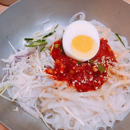 Seafood Won Noodles Soup照片
