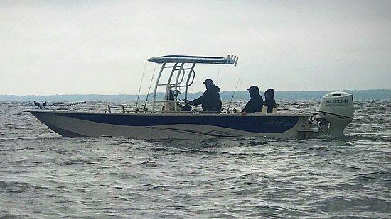 25 foot carolina boat custom made for lucky buck fishing 200hp suzuki ttop