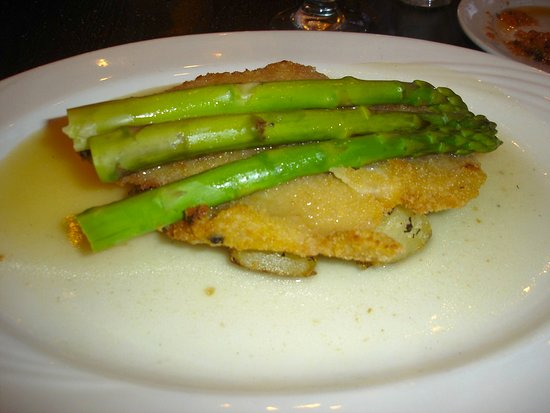 Limoncello: Panko breaded chicken placed on top of roasted potatoes topped with asparagus with a lemon sauce