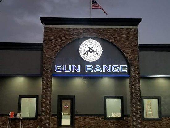 Center Mass Gun Range