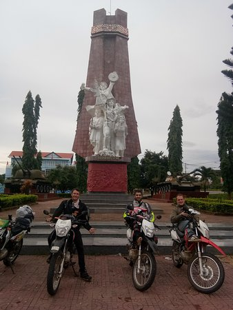 Indochina Motorbike Tours照片