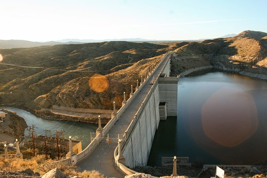 Elephant Butte Lake State Park: Elephant Butte Dam scenic overlook
