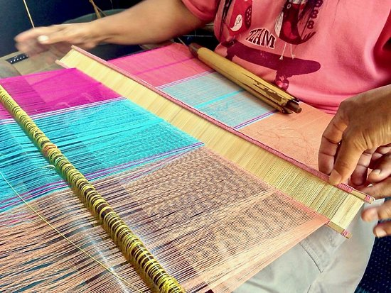Cemara Rompes - Lombok Weavers' Craft