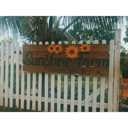 ‪Sunshine Farm Philippines‬