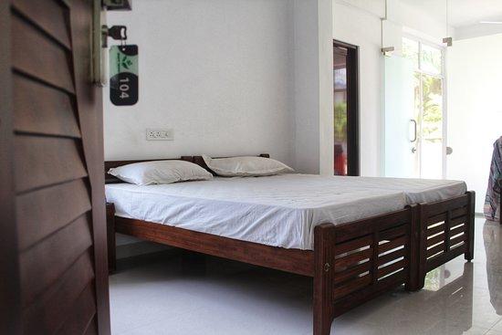 Matt India Ayurveda Centre: Deluxe Rooms