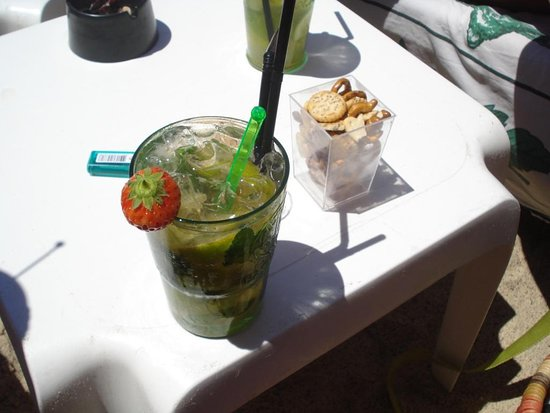 Le Cannier Restaurant: Comme sur les plages d'Espagne...