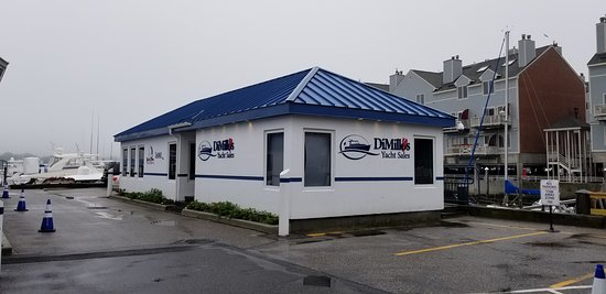 DiMillo's On The Water: Sales Building