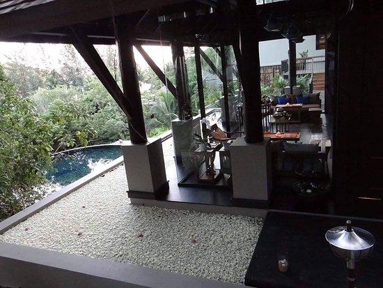 Anantara Spa by Anantara Layan Phuket Resort: Spa Pond