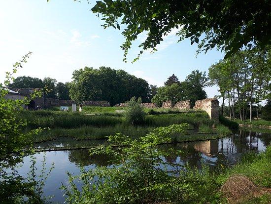 Lanaken, Bélgica: waterburcht Pietersheim