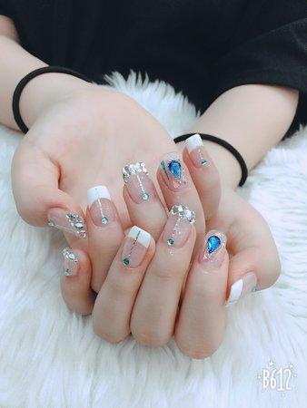 Chaall nail art