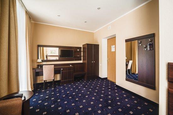 "Ukraina Hotel: Номер категории ""Одноместный 1"""
