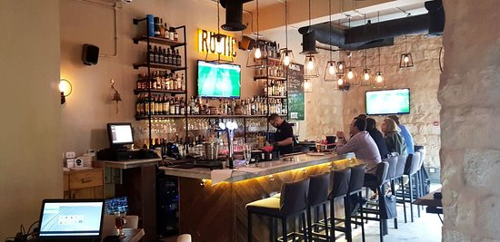 Rustic Bar & Eatery: It is a vibe that you need to come by and feel on your own. The classic stone and wood trim acce