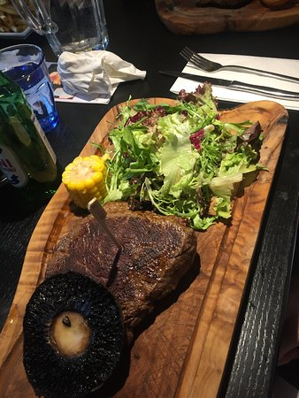 Radwinter, UK: steak!