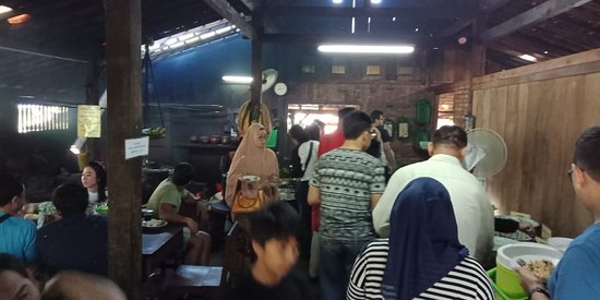 Tempat Mengambil Makanan Full Buffet Picture Of Warung Kopi