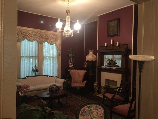 The Jewell of Vienna B&B: Sitting room
