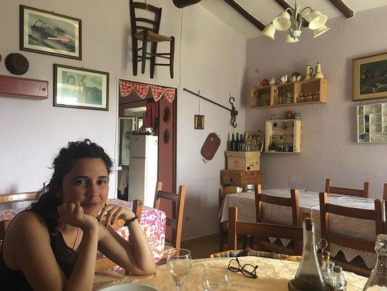 Civitella Paganico, Italia: Sedie da arredamento.