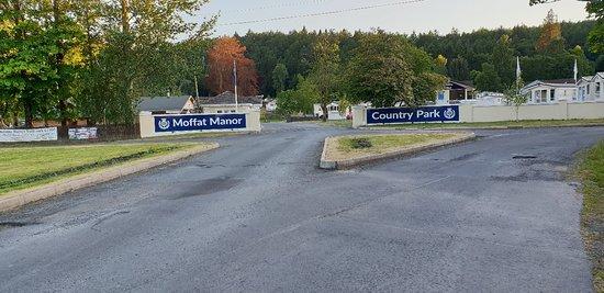 Moffat Manor Country Park照片