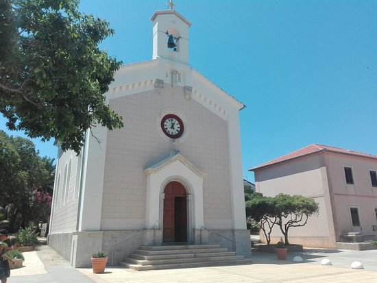 Insel Lošinj, Kroatien: St. Andrew's Church Sicadrija