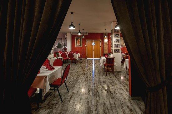 Kameralna Restaurant: Legendarna Restauracja Kameralna - wnętrze