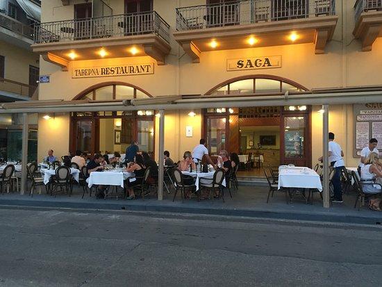 Saga Fish Restaurant: Am Hafen