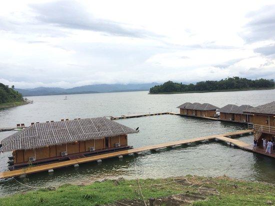 Phupai Lake & Resort照片