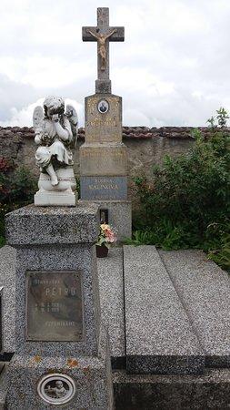 Krec Cemetery