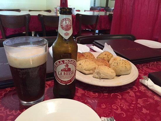 Griffin, جورجيا: Good beer and tasty bread.