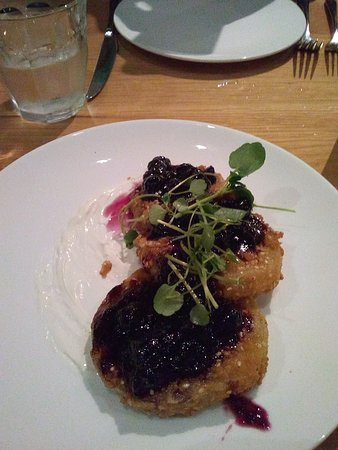 Chef and The Farmer: FRIED GREEM TOMATOES WITH BLUEBERRY COMPOTE