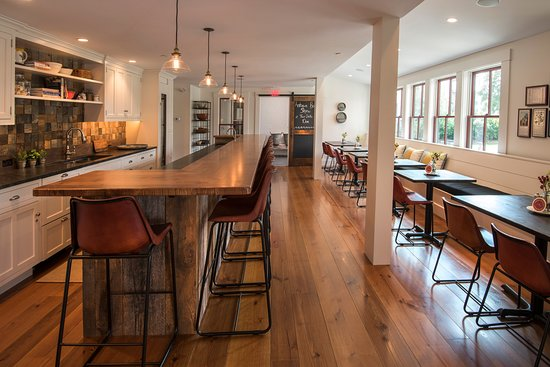 Wolfeboro, NH: The Gathering Kitchen is the spot for sumptuous breakfasts and evening spirits & snacks.