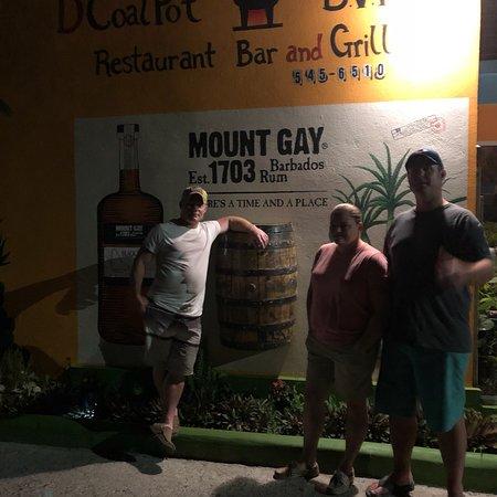 D'Coalpot BVI Restaurant Bar & Grill张图片