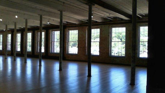 MASS MoCA: space to breath and contempt before the next gallery