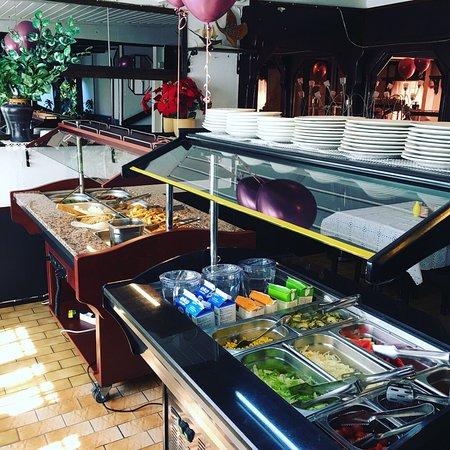Maneechay Thai restaurant food & drink Långkallesgränd 1 , Godby